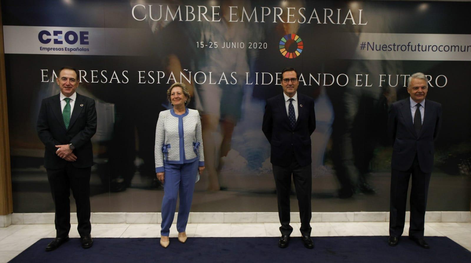 Antonio Huertas, presidente de Mapfre; Pilar González de Frutos, presidenta de Unespa; Antonio Garamendi, presidente de CEOE; y Ignacio Garralda, presidente de Mutua Madrileña