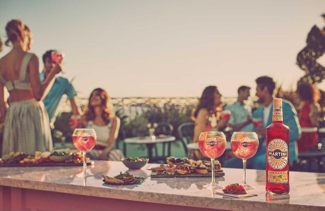 Martini aperitivo sin alcohol, la propuesta más responsable para la hora del vermouth
