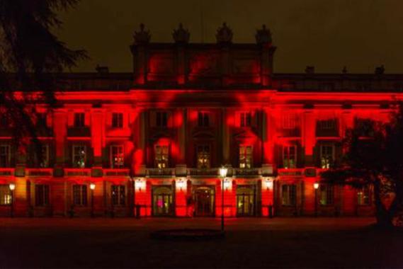 El palacio de Liria se tiñe de rojo en honor a The Macallan Red Collection