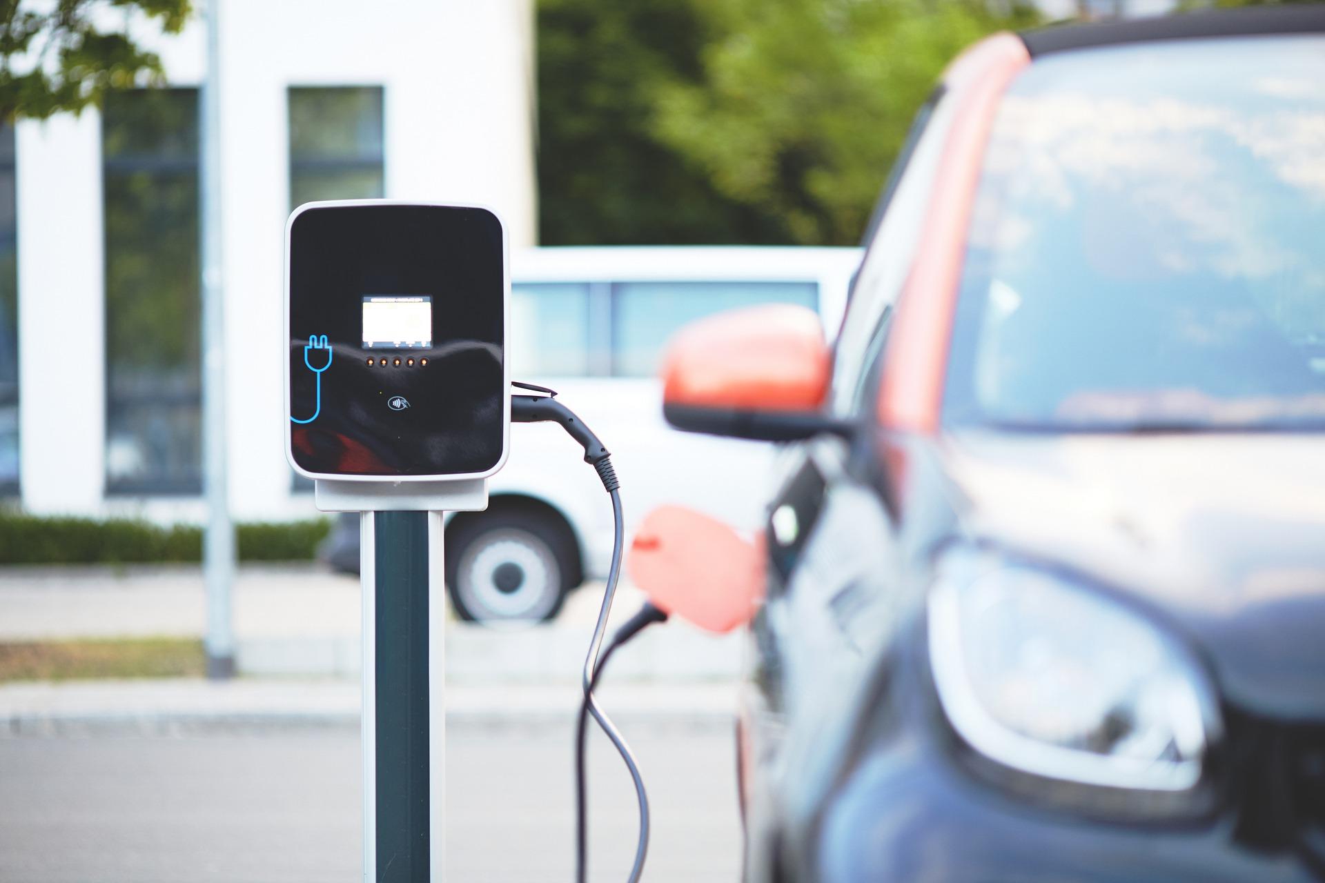Punto de recarga del coche eléctrico