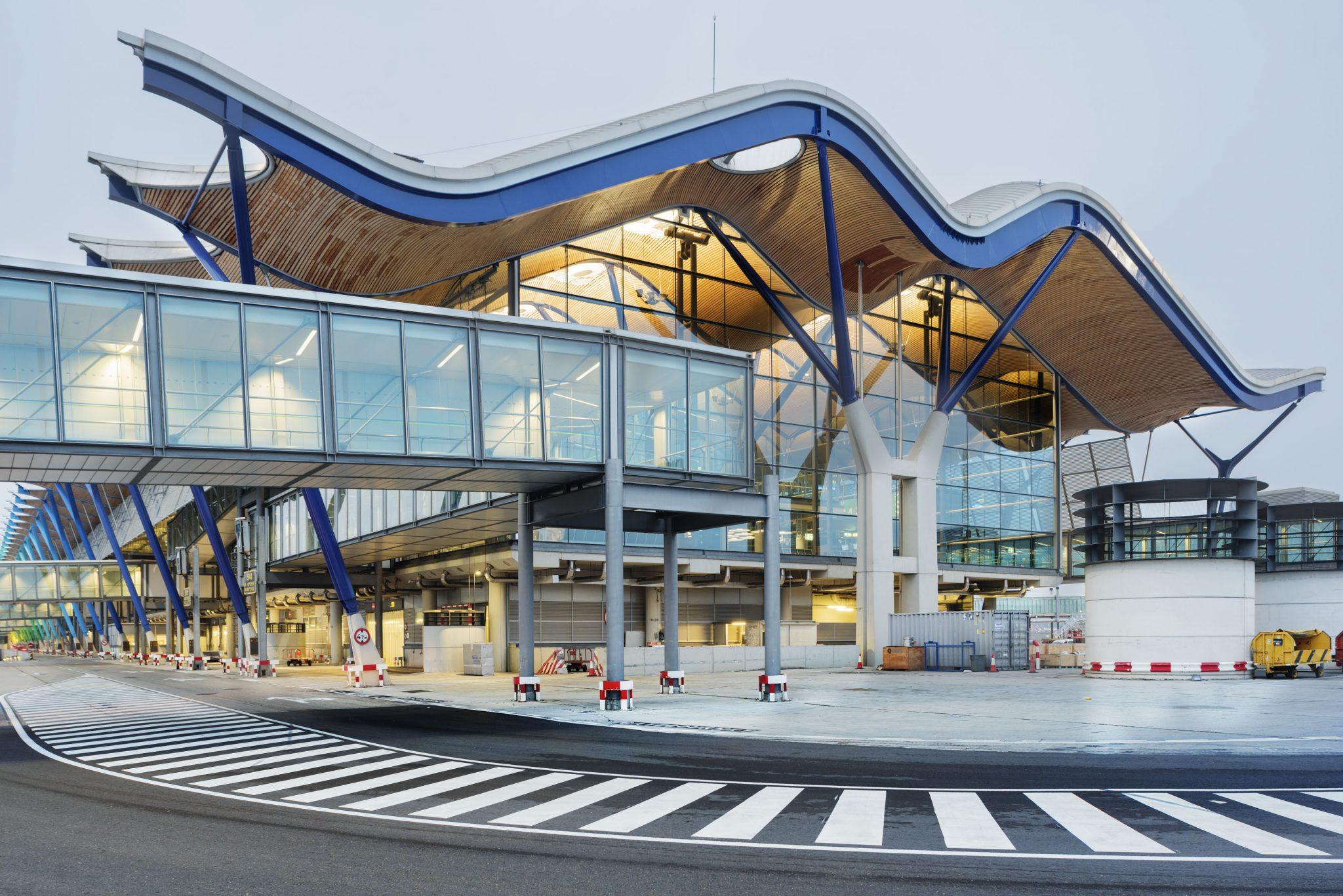 Aeropuerto Adolfo Suárez Madrid-Barajas (exterior)