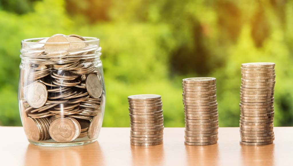 Inversión. Dinero. Foto: Nattanan Kanchanaprat (Pixabay)