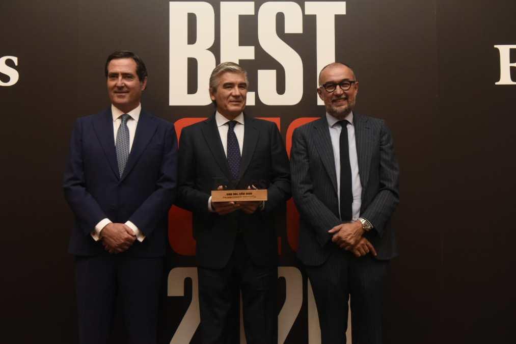 El Presidente de la CEOE, Antonio Garamendi; el Presidente y Consejero Delegado de Naturgy, Francisco Reynés; y el Presidente y Editor de Forbes España, Andrés Rodríguez.
