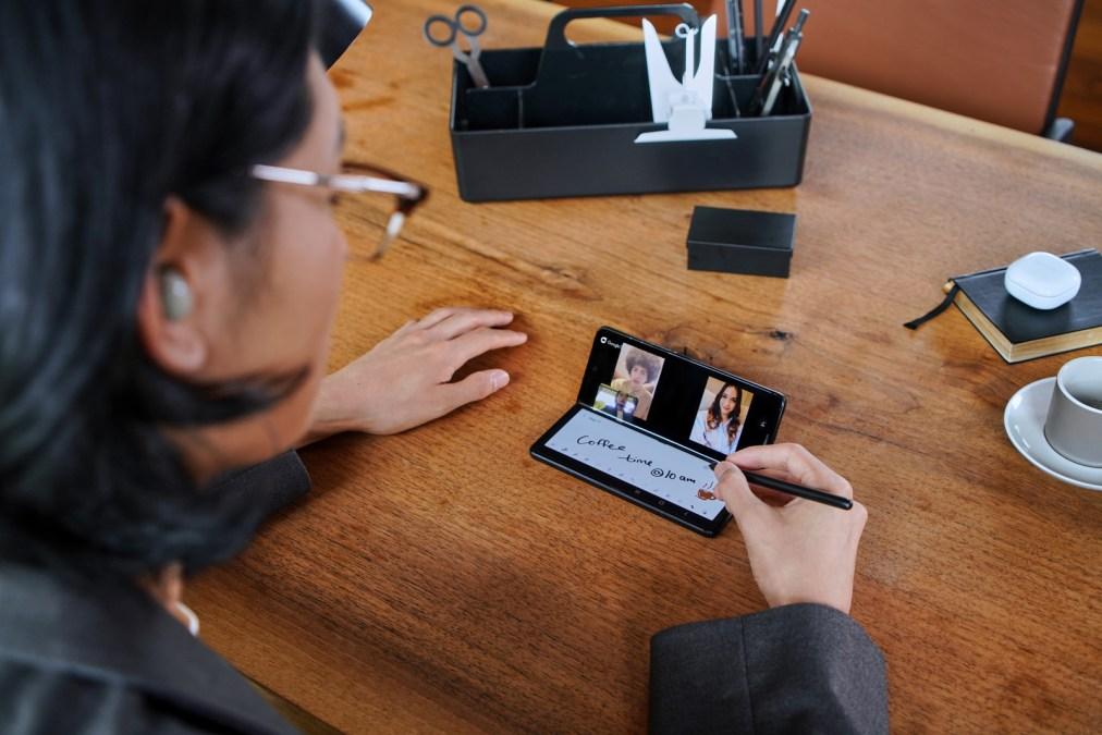 El Galaxy Z Fold3 es el primer plegable compatible con S Pen.