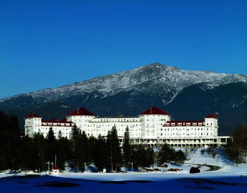 Vista general del Hotel Mount Washington, en Bretton Woods, uno de los lugares preferidos por los amantes del esquí en Estados Unidos y escenario, en 1944, de los Acuerdos de Bretton Woods para regular el sistema económico mundial.