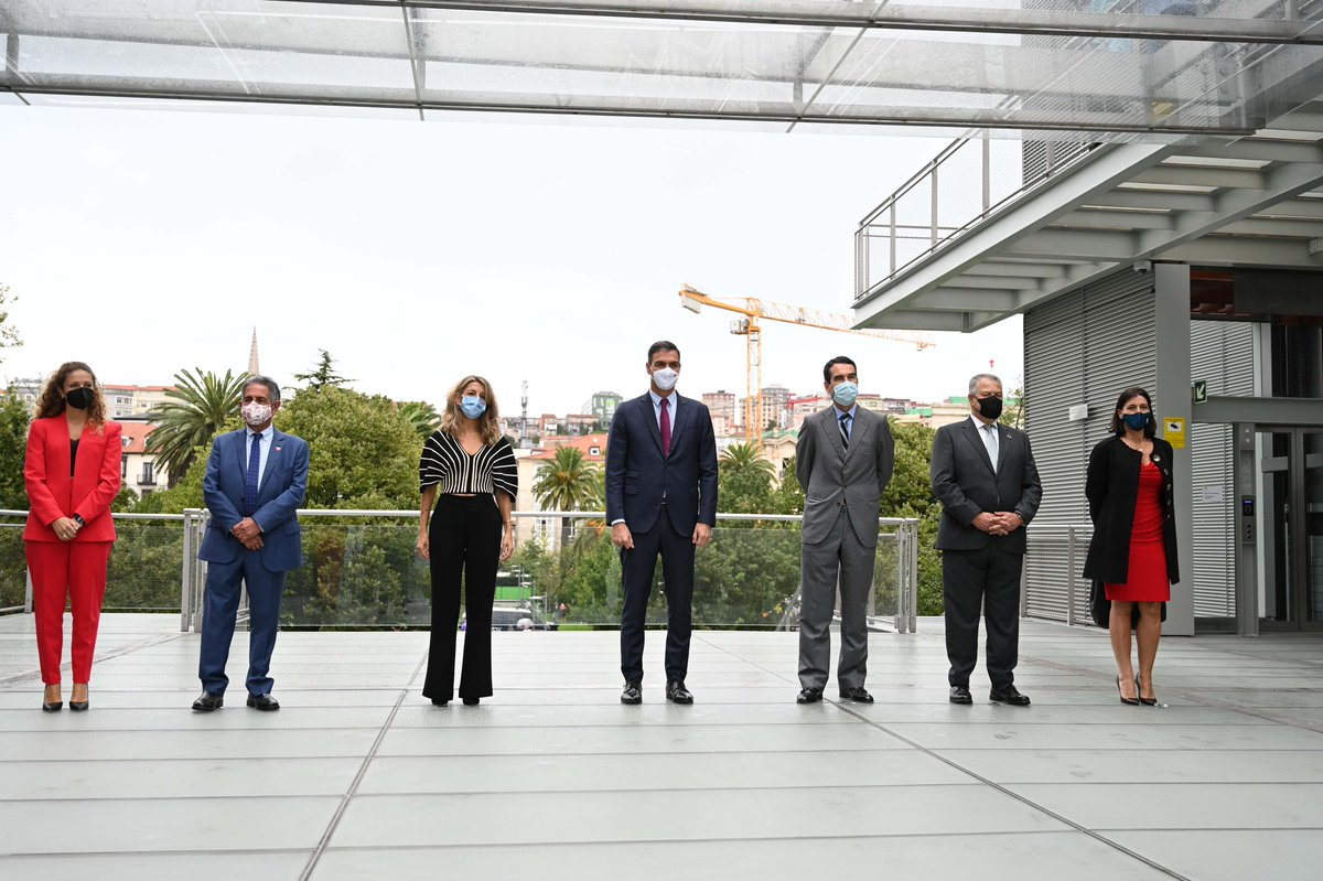 Intervención del presidente del Gobierno, Pedro Sánchez, en la jornada 'Diálogos sobre el Futuro del Trabajo' celebrada en el Centro Botín de Santander (Cantabria) el 27 de septiembre de 2021.